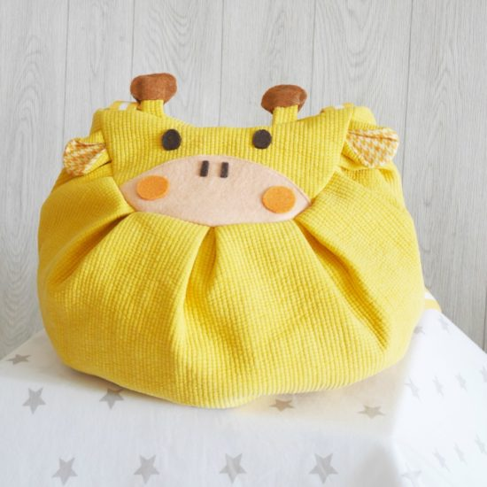 Yellow giraffe mochi bag backpack stars